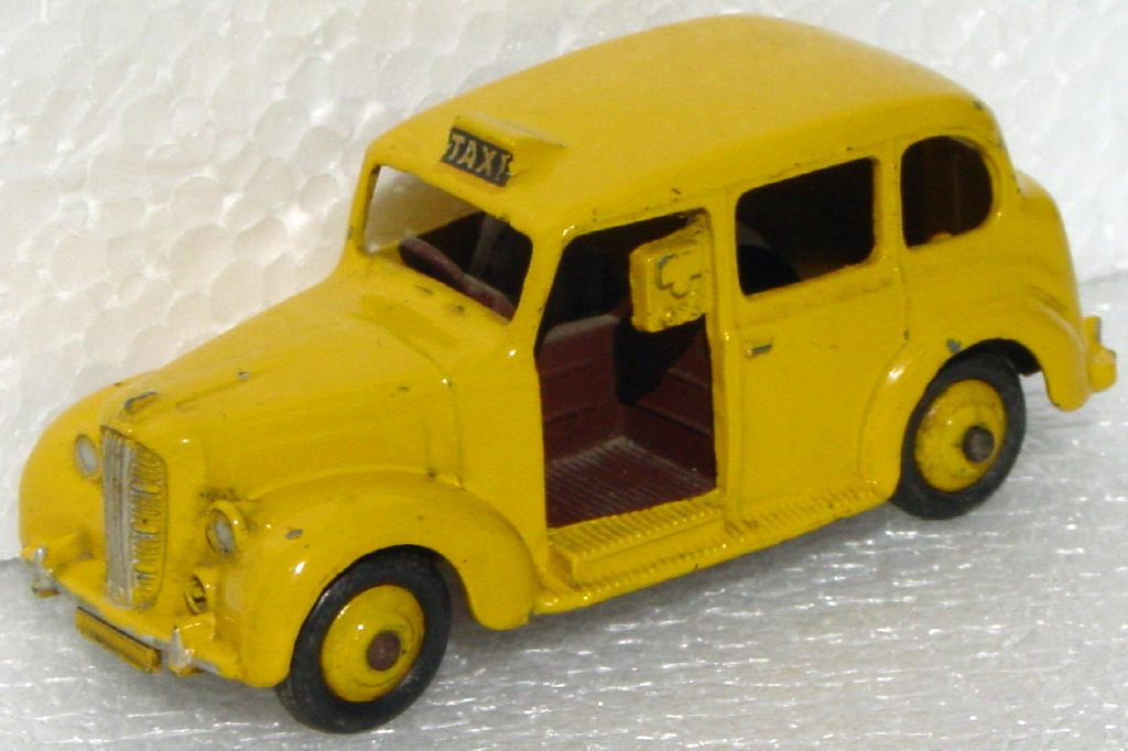 Dinky 40 H - Austin Taxi Yellow brown base