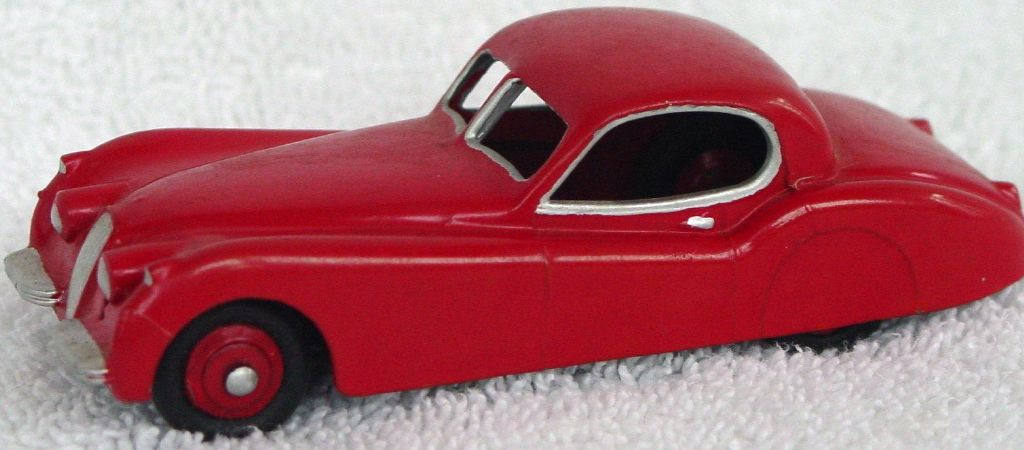 Dinky 157 - Jaguar XK120 Red red hubs silver trim paint