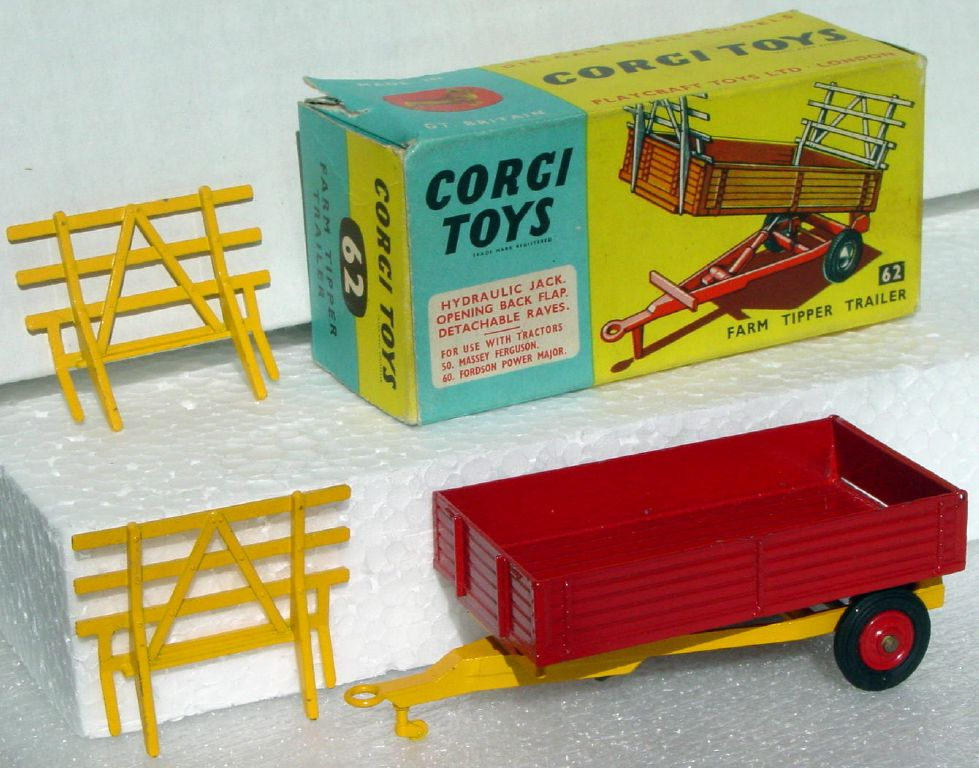 Corgi 62 - Farm trailer Very Near Mint C9- box