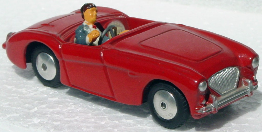 Corgi 300 A - Austin Healey 100 Red missing windshield