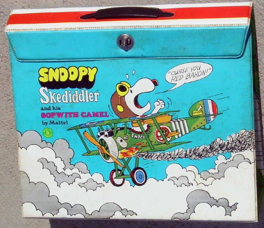 Snoopy Skediddler Mattel