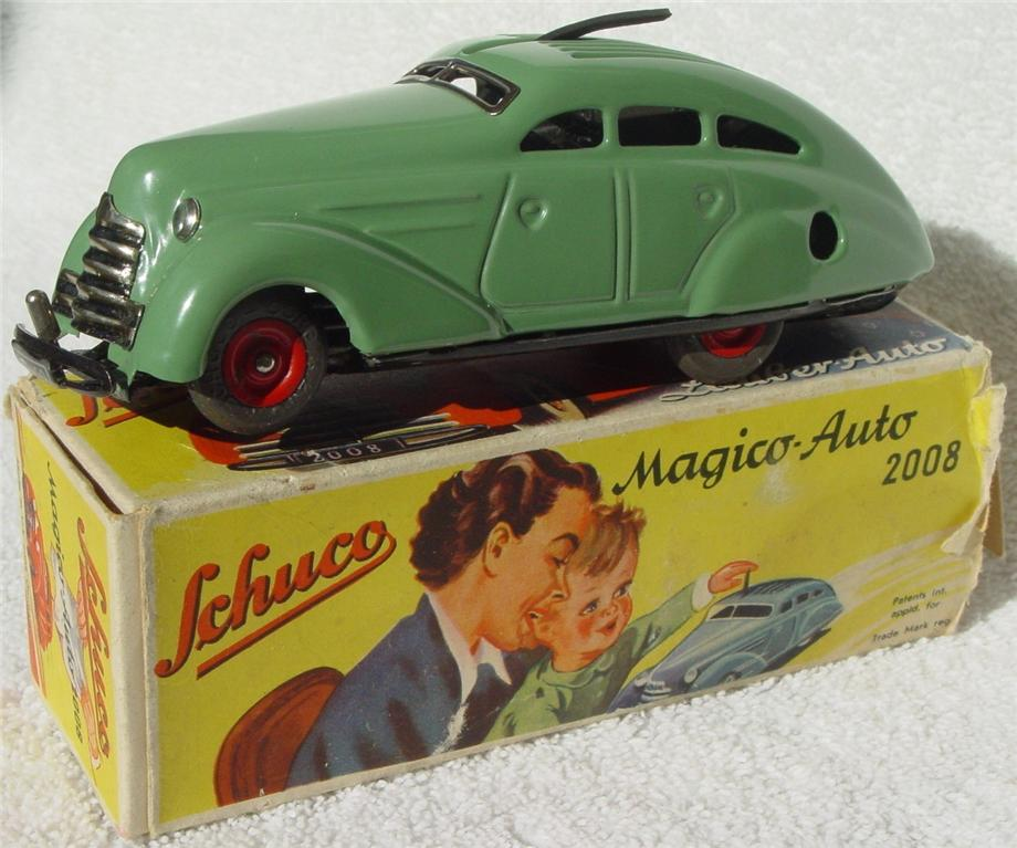 Schuco 2008 - Magico-Auto light Green -1 tire -1end flap