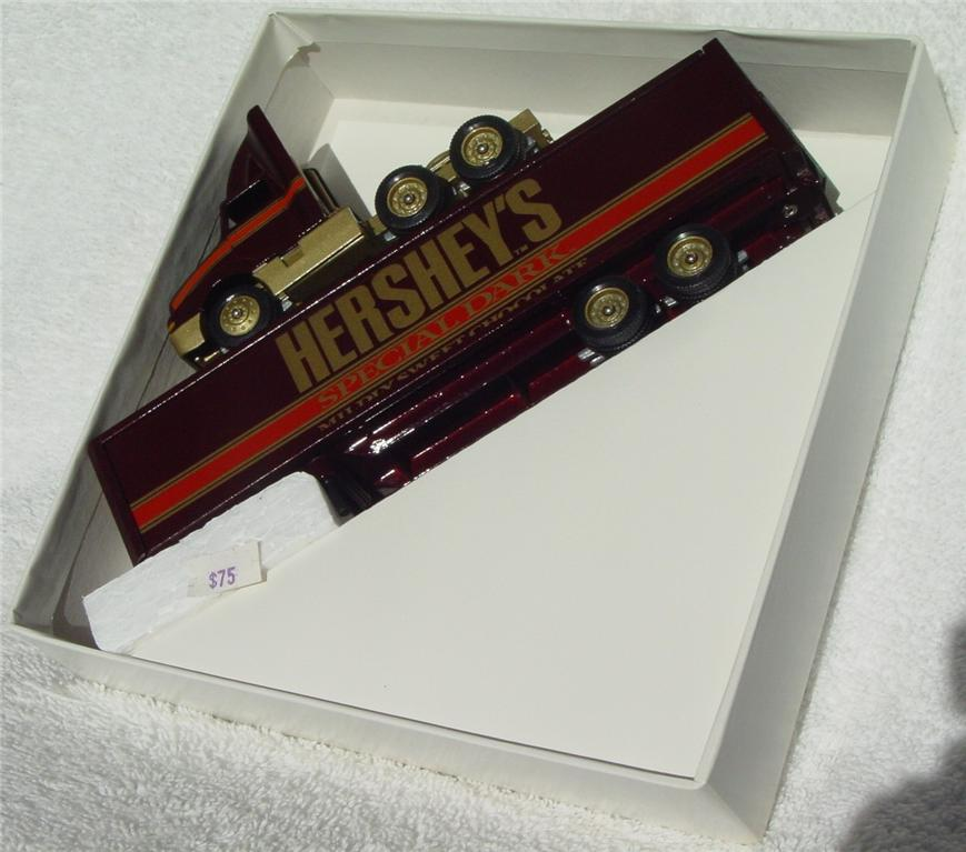 Winross - Intl 8300 Hersheys Special Dark dark Brown 1992