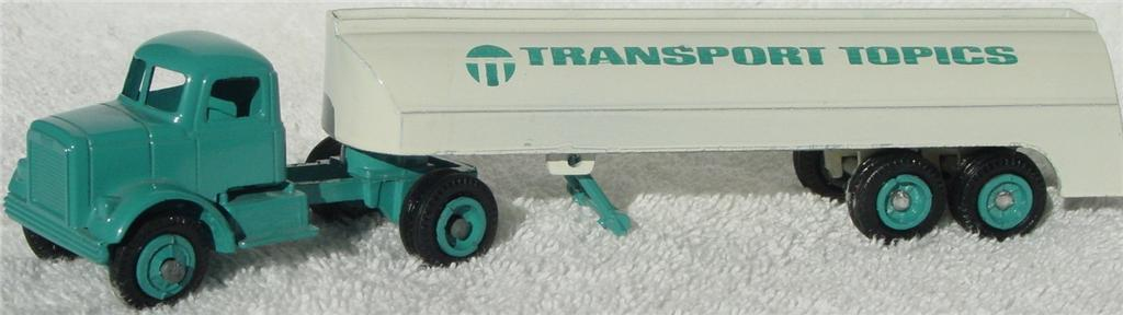 Winross - White 9000 Transport Topics Aqua/Cream 72