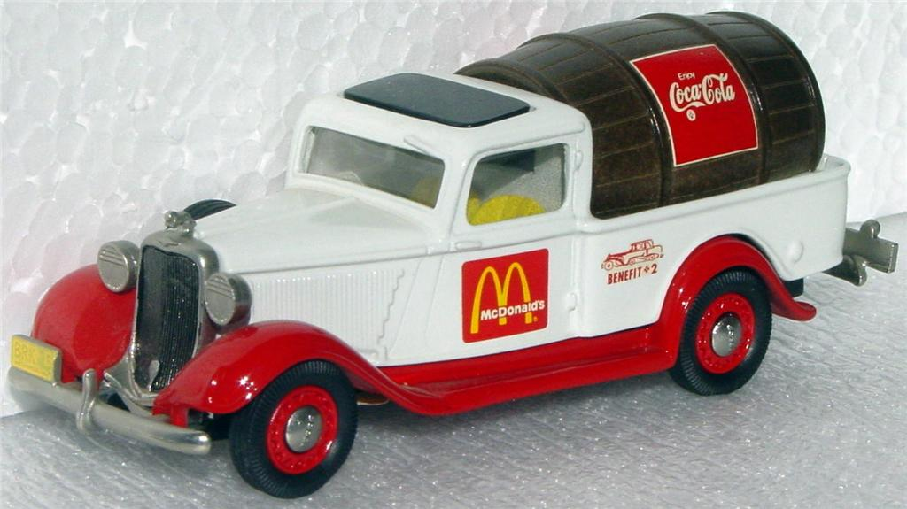 Brooklin 16 X - 1935 Dodge Pickup RONALD McDONALD RMCC White and Red