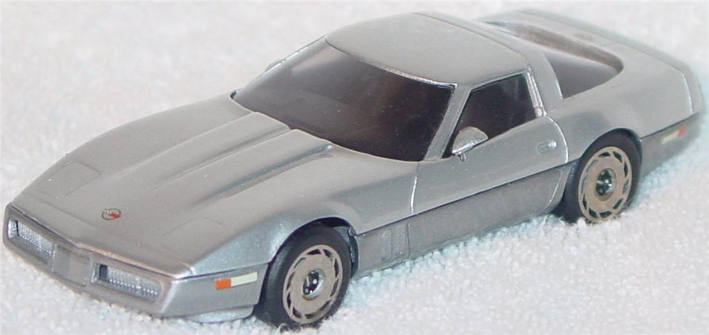Western Models 108 - 1985 Corvette met Silver