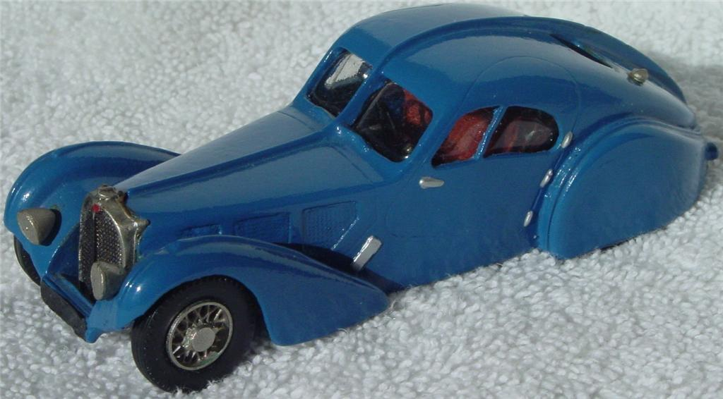 Western Models 7 - 38 Bugatti 57SC Atlantic Blue C8 box
