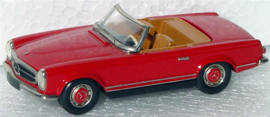 White Metal 43 - SMTS CL17 Mercedes 280SL convertible Red loose window -bmp