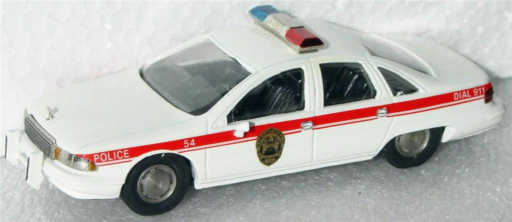 White Metal 43 - RAE 91 Chevy Caprice Police