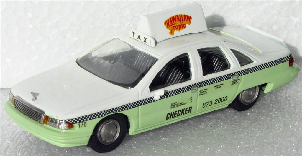 White Metal 43 - RAE 91 Chevy Caprice Taxi Green/White