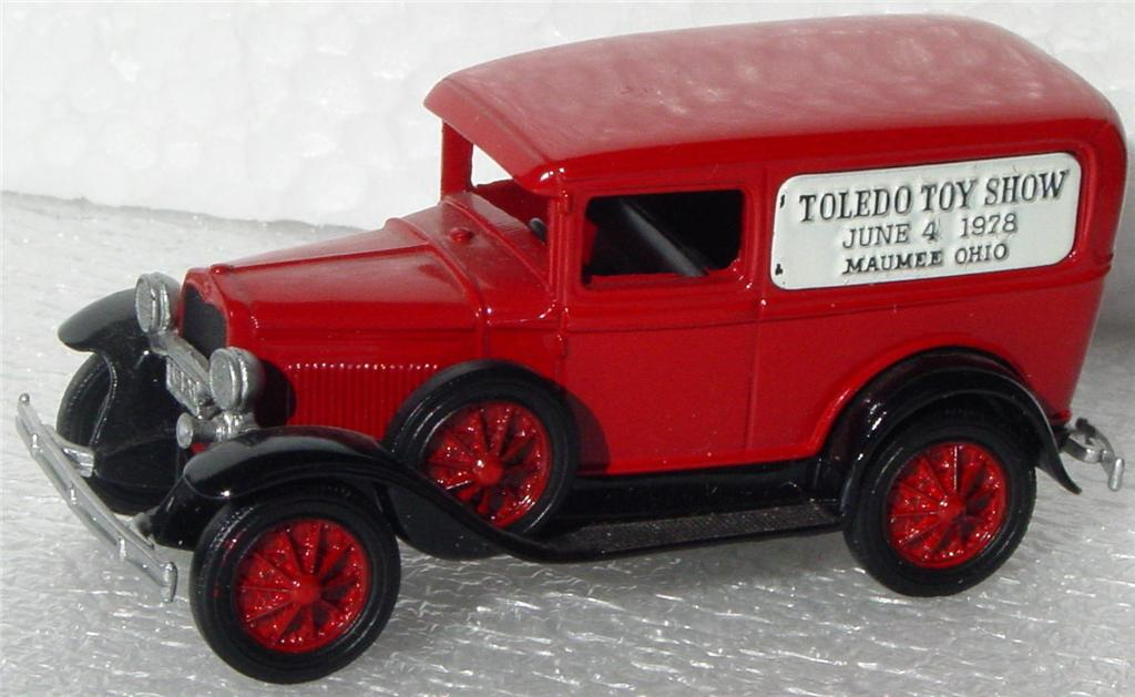 43 - NOSTALGIC MINIATURES Model A Red Toledo TS 78