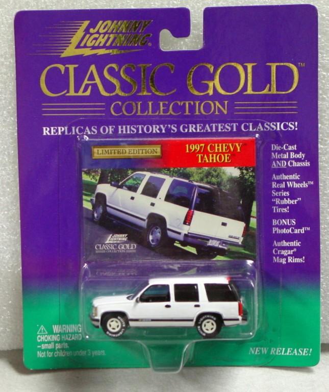White Lightning - White Lightning Gold Chevy Tahoe White