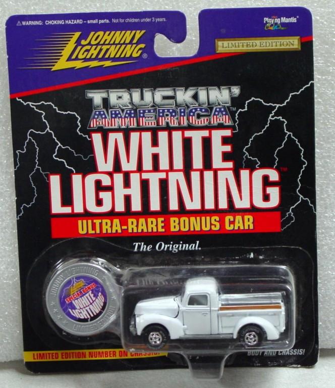 White Lightning - White Lightning Truckin Amer 1940 Ford White