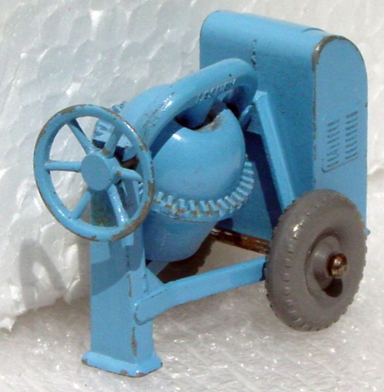 Regular Wheel 03  A 2 - Cement Mixer grey plastic wheels rounded axles Stannard code 13