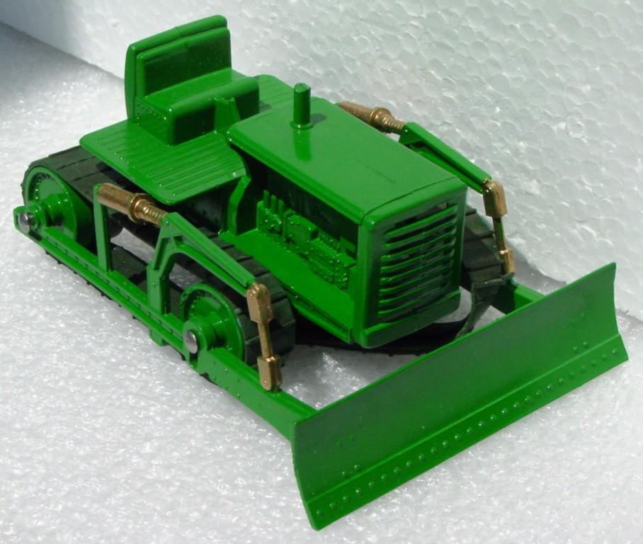Matchbox LESNEY Dozer Green 1 broken tread RESTORED