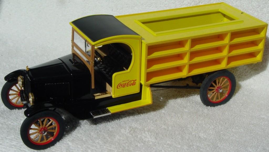 24 - DANBURY 27 Coke Del Truck (95)