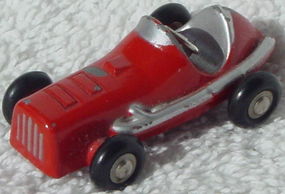 Schuco 705 - Midget Red Racer 5 big chips