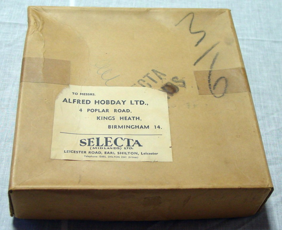 SELECTA 12-piece Dealer Display Box