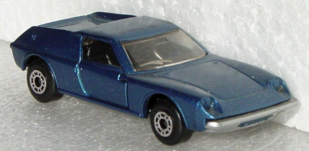 Bulgarian 05 A - Lotus Europa met Blue sil-grey base black interior