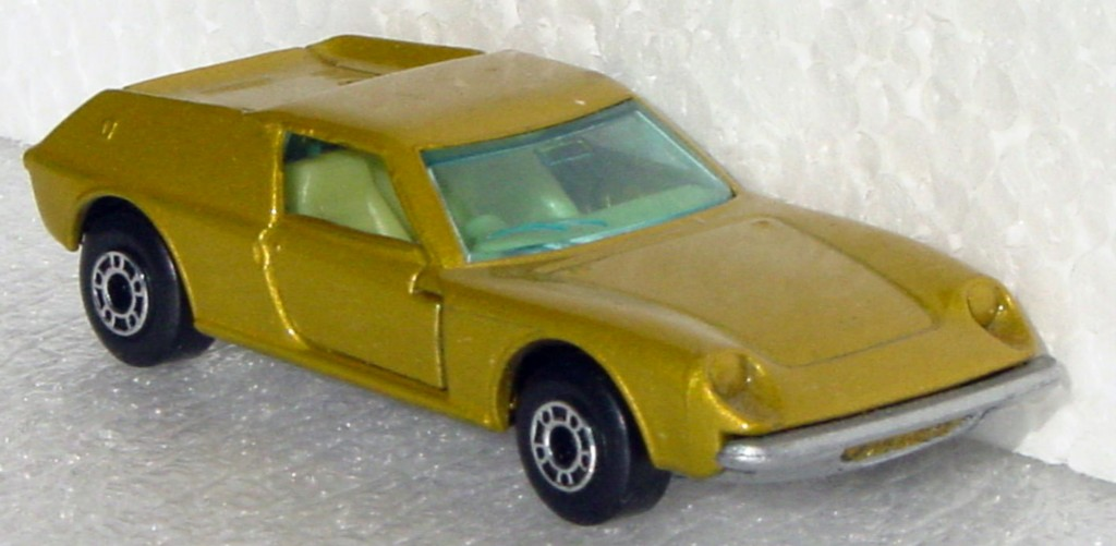 Bulgarian 05 A - Lotus Europa Gold sil-grey base yellow interior blue window
