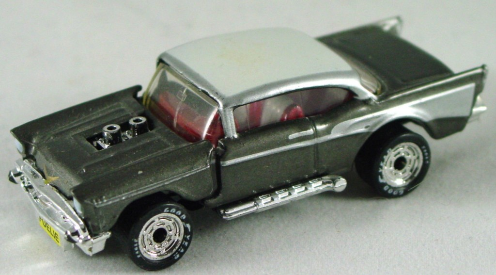 Pre-production 04 D 28 - 57 Chevy gun metal Grey red and white interior black base disc