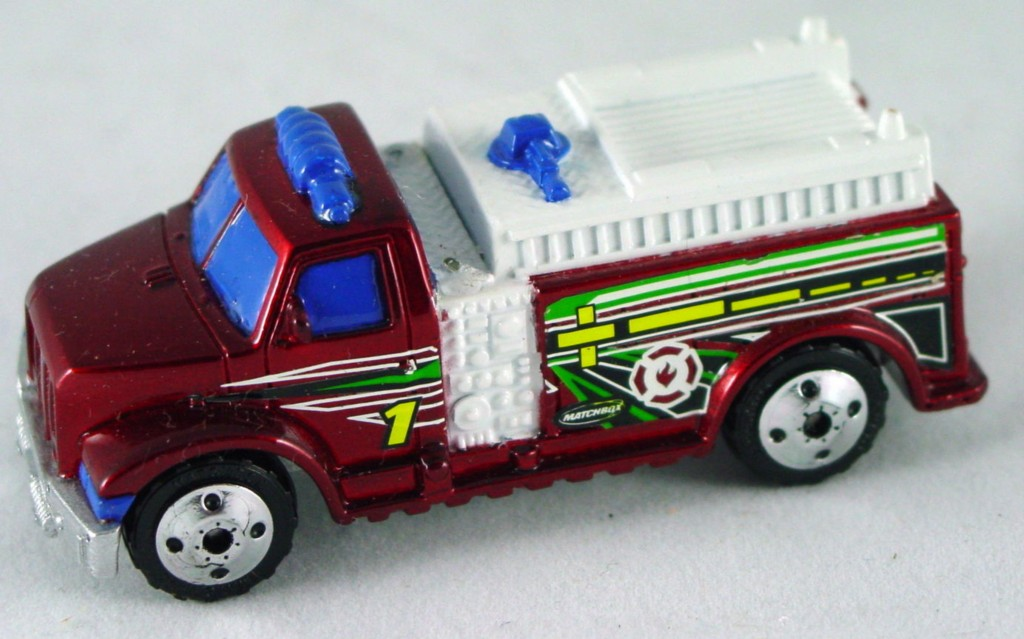 Pre-production 01 I 1 - Hiway Rescue Fire truck met Red plain base DECALS