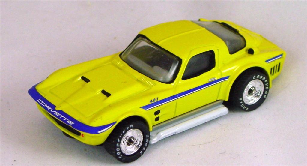 Pre-production 02 G 38 - Vette Grand Sport Yellow dsc/rub made in China rivet glue