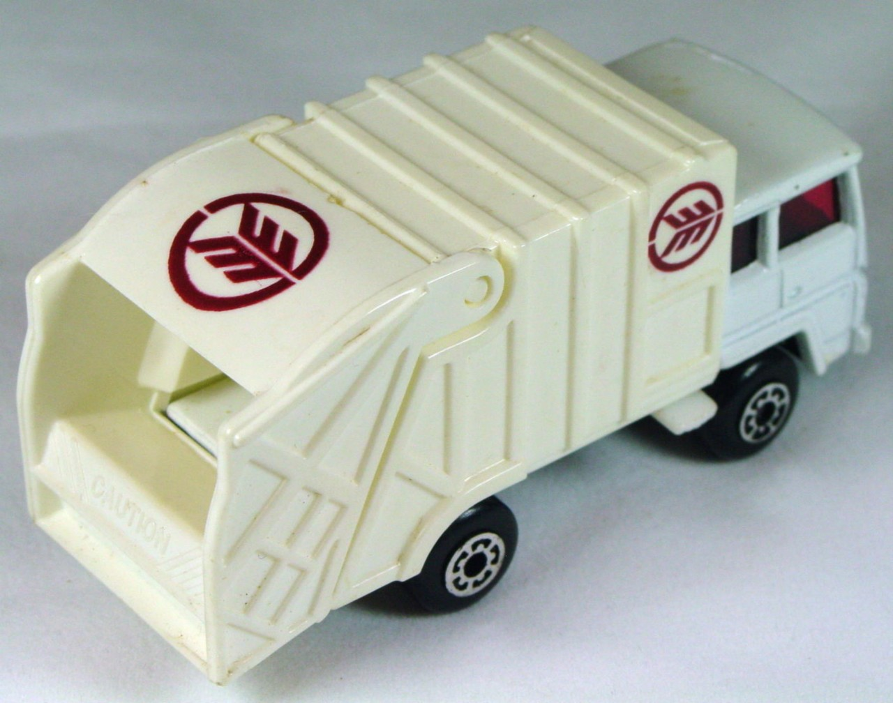 ASAP-CCI 36 D 30 - Refuse Truck White black base maroon design tampo made in China ASAP