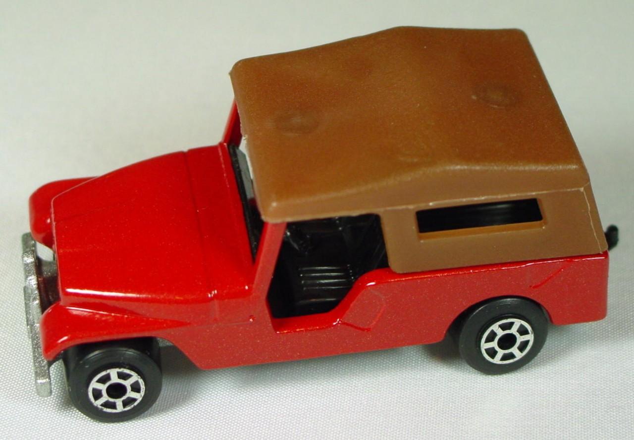 Hungarian 53 C 6 - CJ6 Jeep Red light brown roof met sil-grey black interior 5-spoke