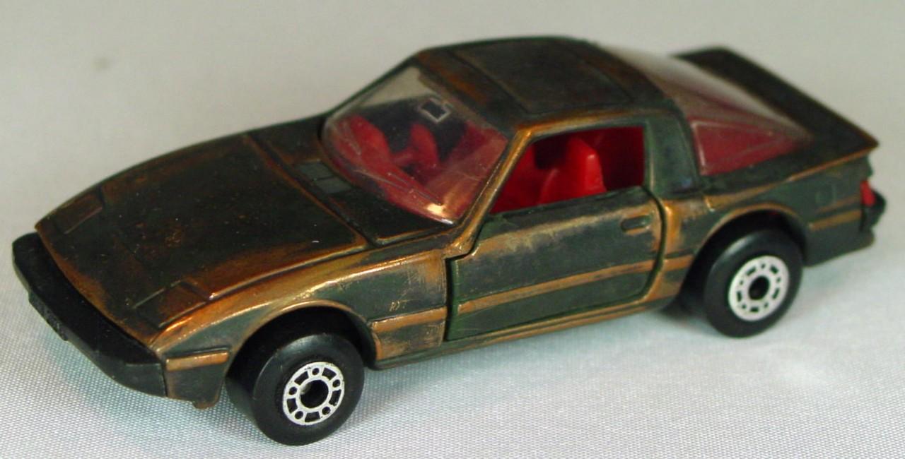Bulgarian 31 E - Mazda RX7 Bronze red interior