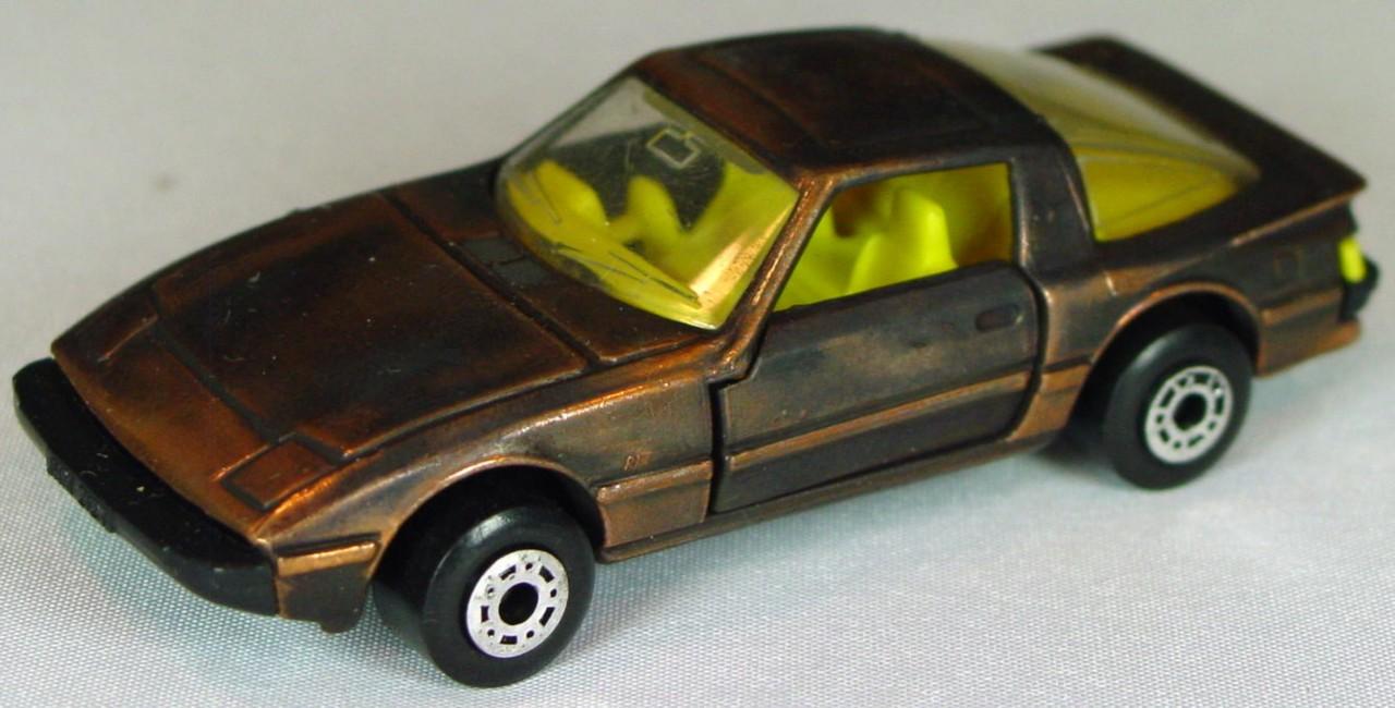 Bulgarian 31 E - Mazda RX7 Bronze yellow interior