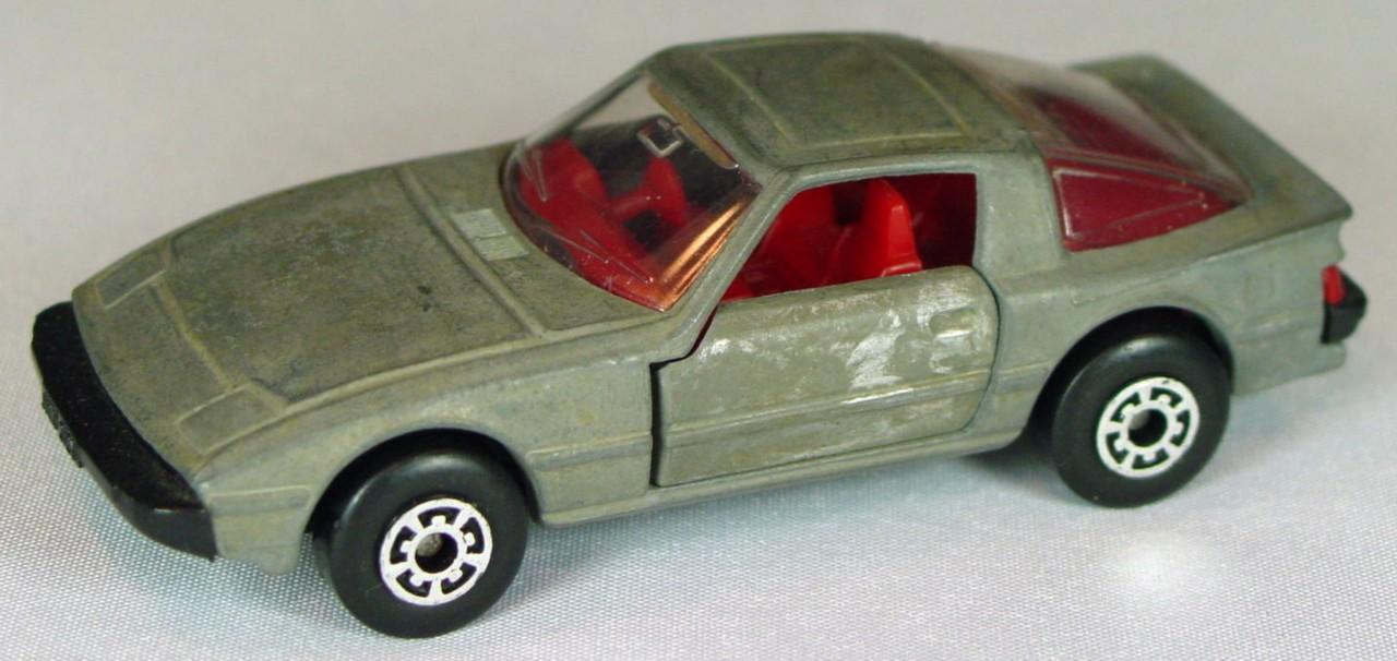 Bulgarian 31 E - Mazda RX7 Unpainted red interior