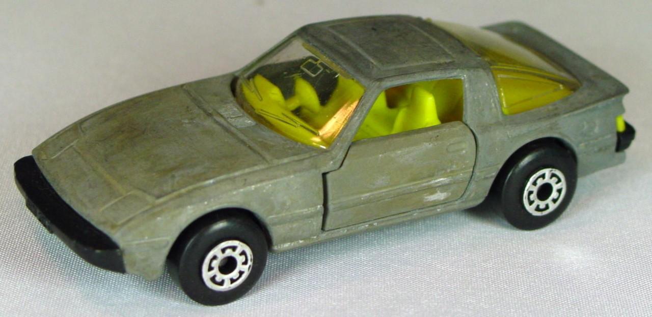 Bulgarian 31 E - Mazda RX7 Unpainted yellow interior