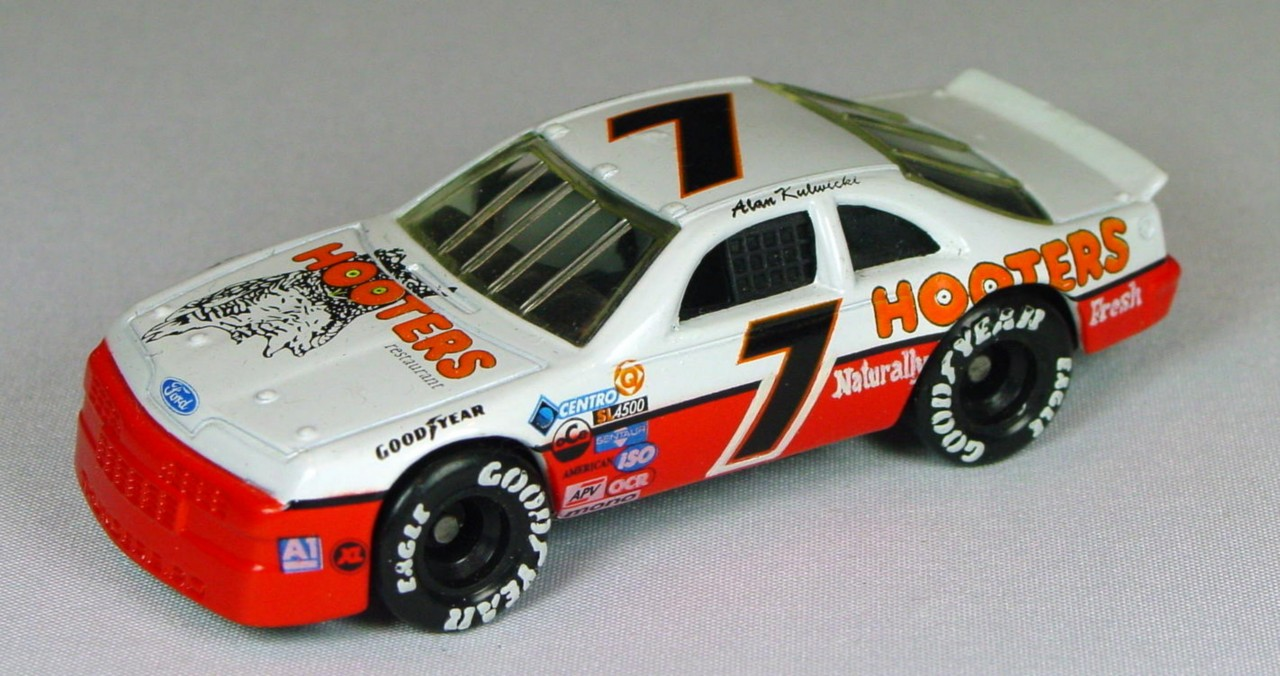 Pre-production 07 G 4 - Ford T-Bird Hooters 7 with naturally fresh made in China