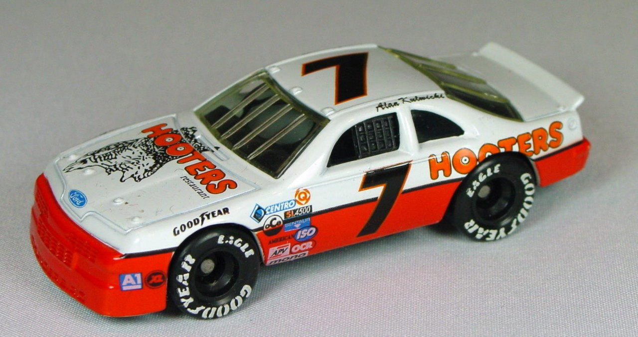 Pre-production 07 G 4 - Ford T-Bird Hooters 7 no naturally fresh made in China