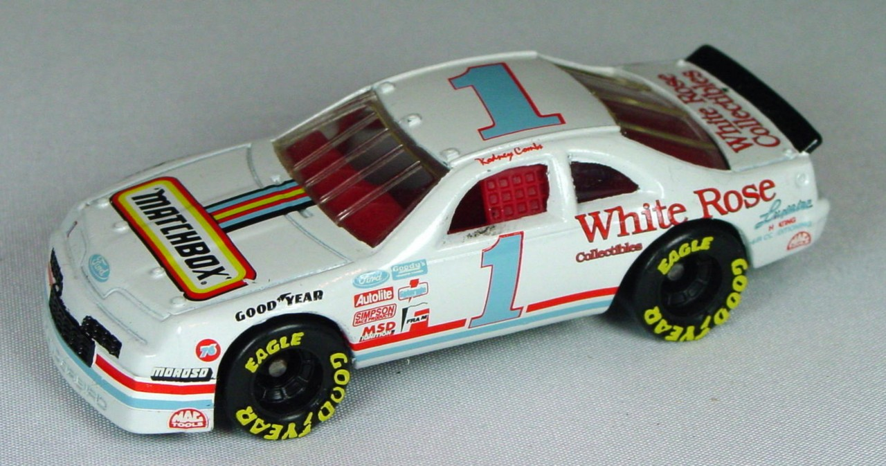 Pre-production 07 G 39 - Ford T-Bird White Matchbox White Rose 1 made in Thailand