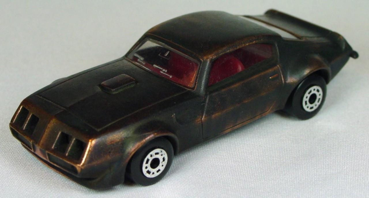 Bulgarian 16 B - Pontiac Bronze red interior