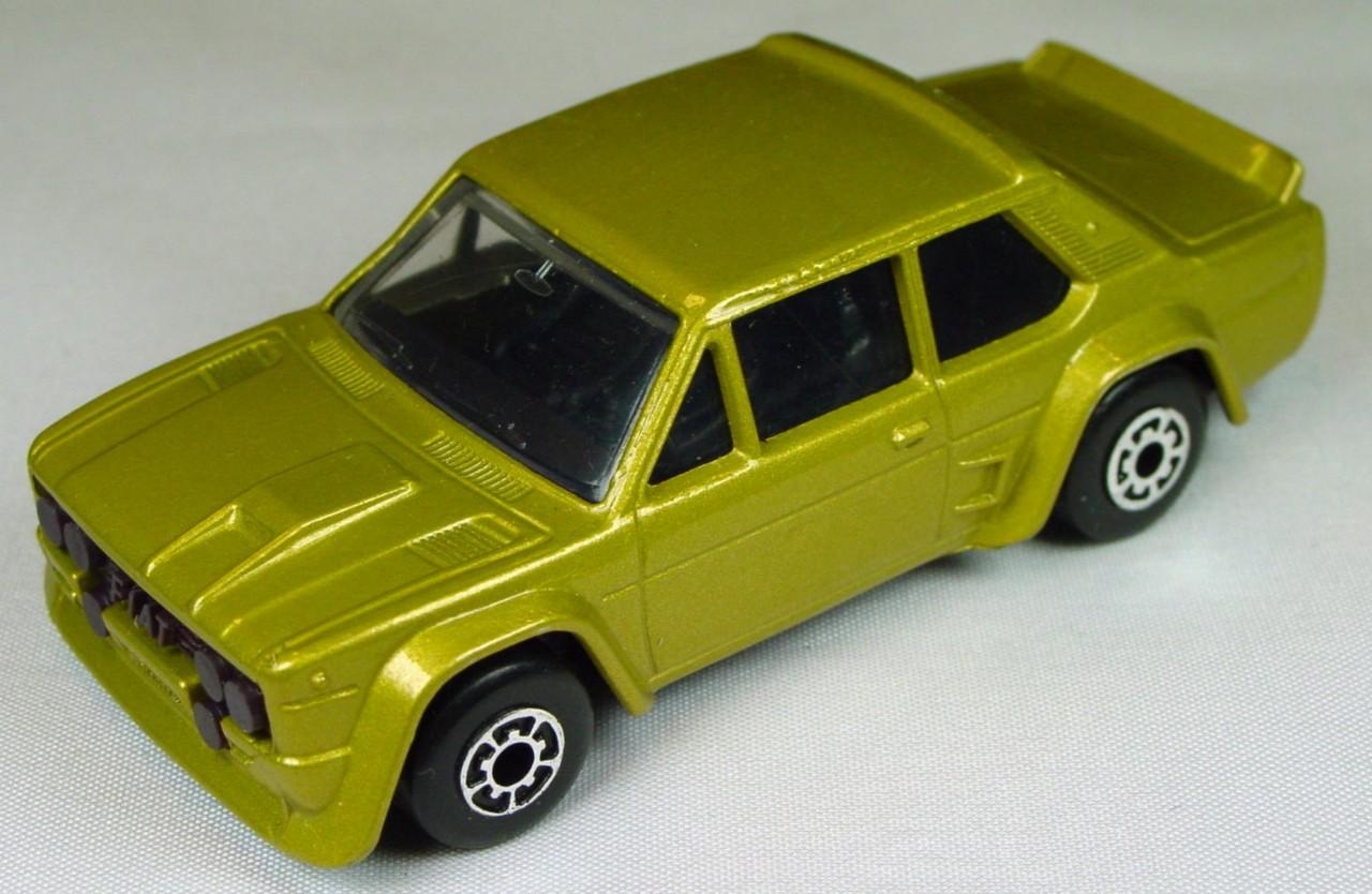 Bulgarian 09 D 3 - Fiat Abarth met Gold black interior BROWN BASE