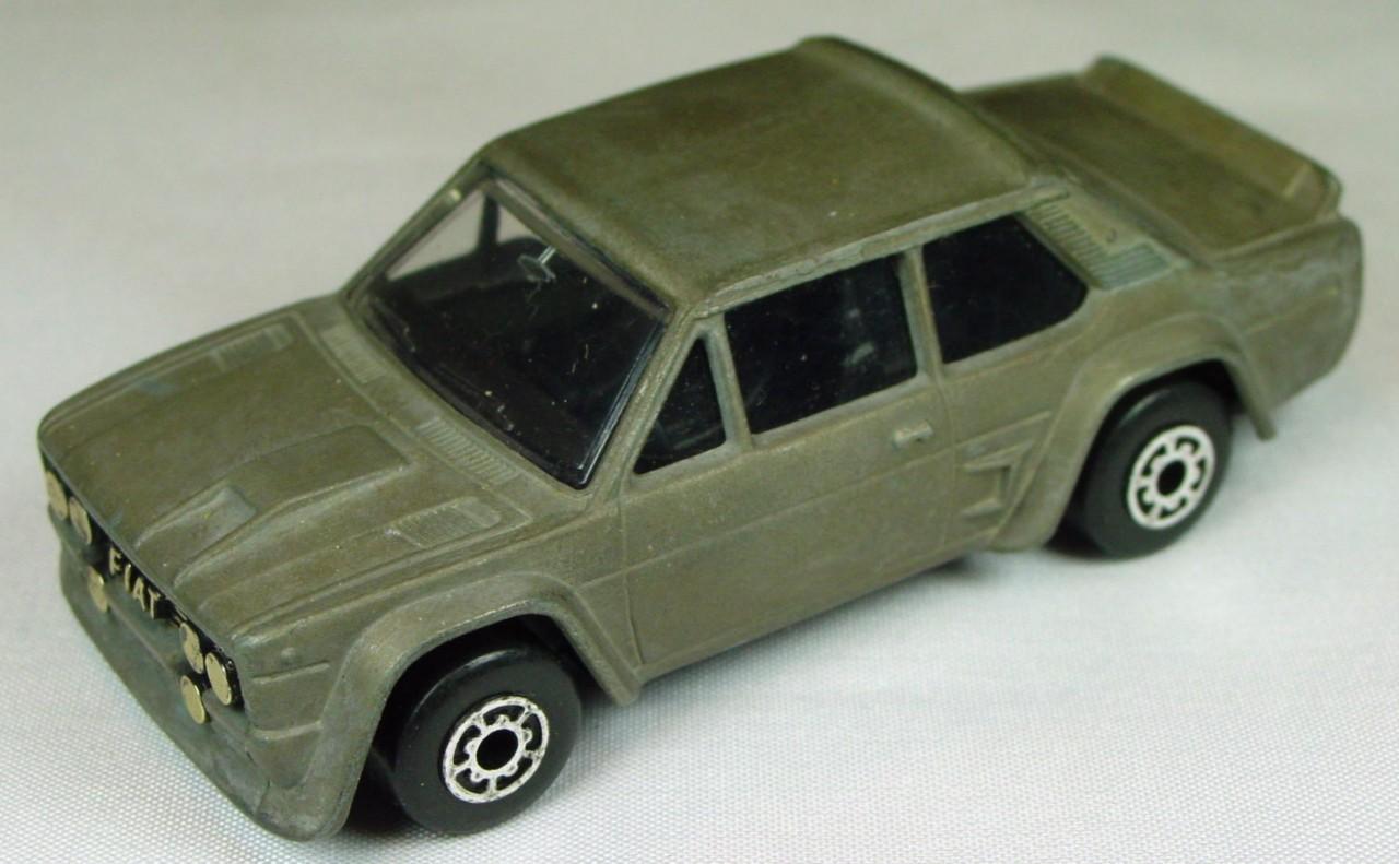 Bulgarian 09 D - Fiat Abarth Unpainted black interior