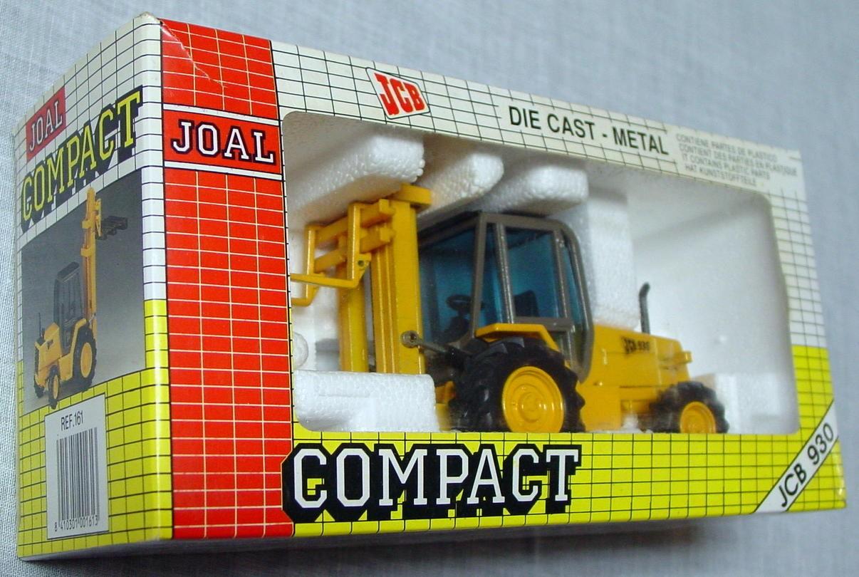 50 - JOAL 161 JCB930 Rough Terrain Fork Lift White 1:35