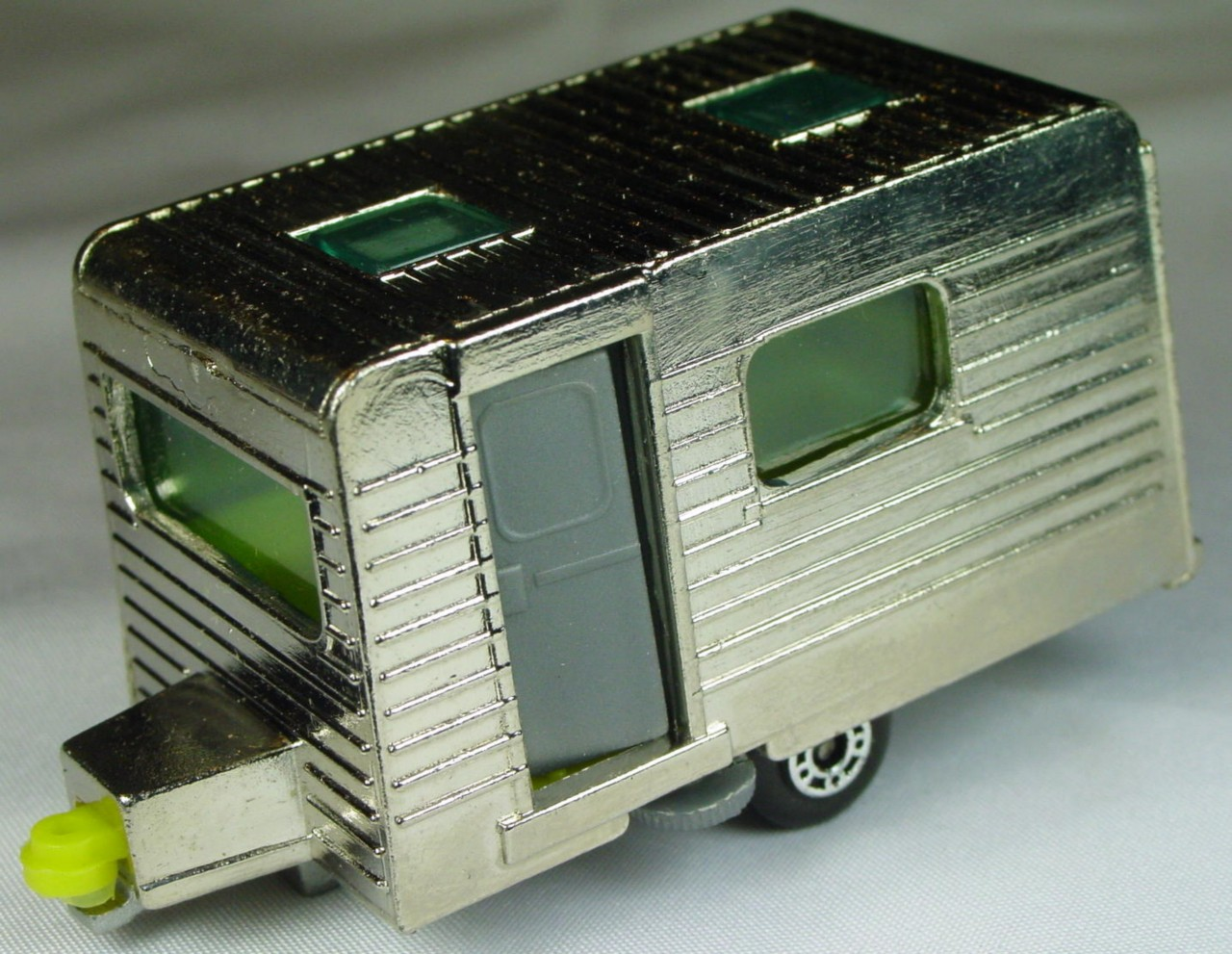 Bulgarian 31 C - Caravan Chrome yellow interior darker grey door sil-grey base