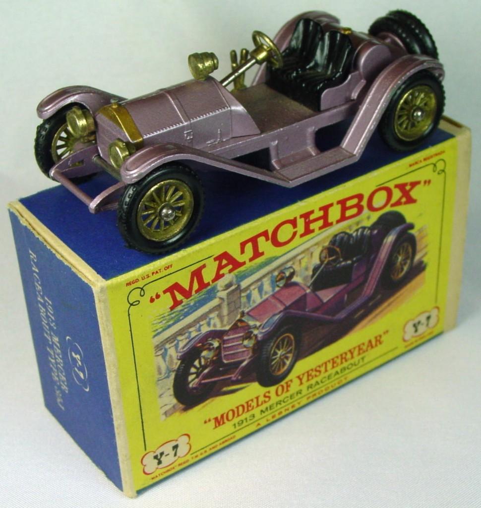 Models of YesterYears 07 B 2 - 1913 Mercer lilac knobby black wheels C9.5 D box           240