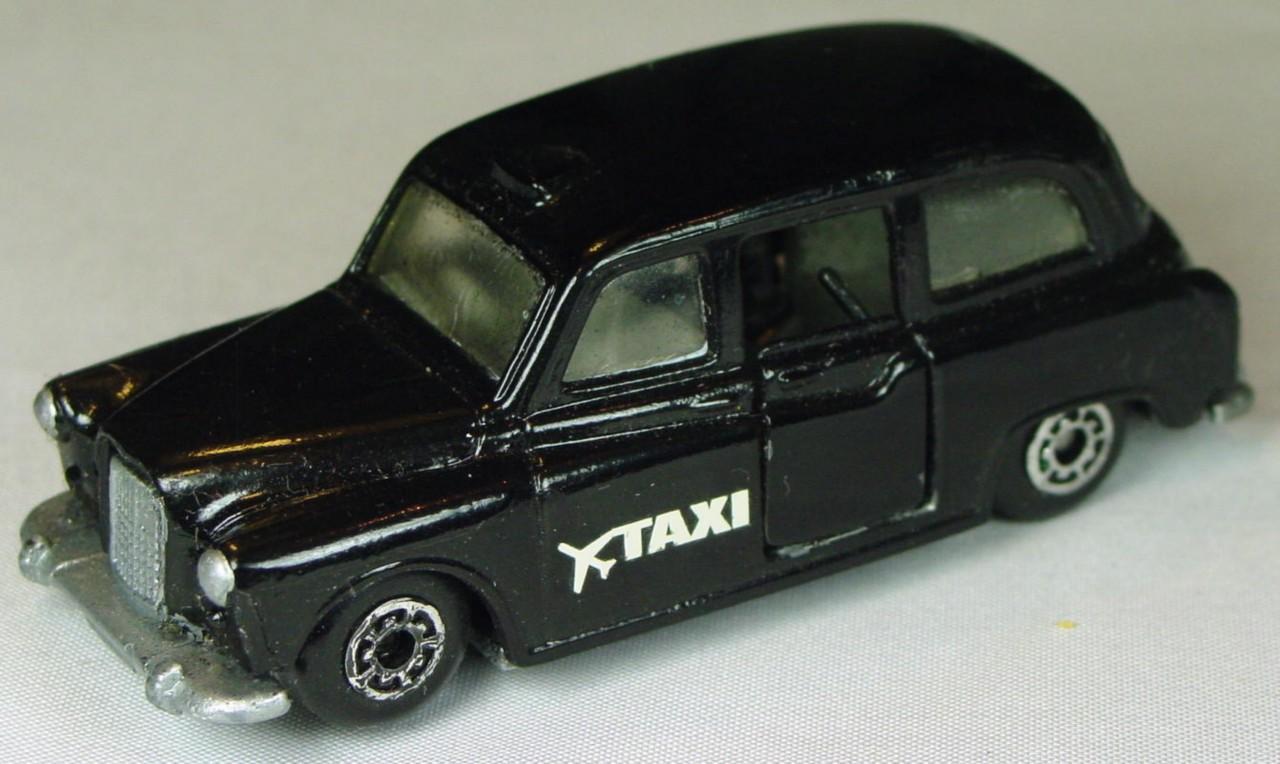 Pre-production 04 E 9 - Taxi FX4R Black unp Taxi STICKER made in China unspread rivet
