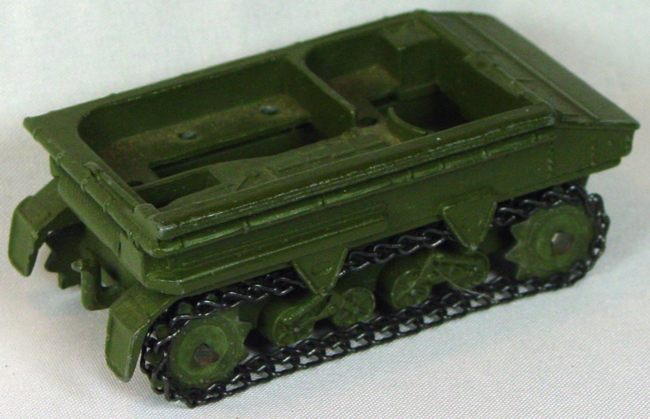 Dinky 162 A - Light Dragon Tractor 3 chips -1 tread bent axle