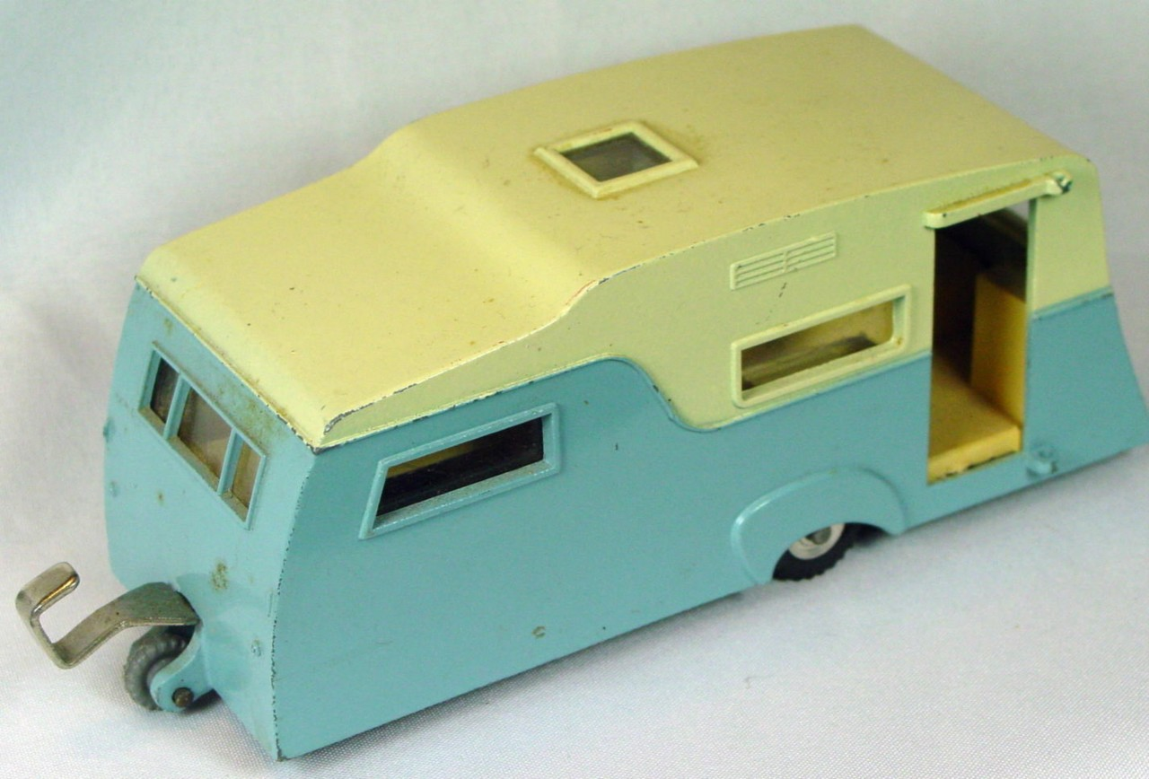 Dinky 188 - Four-berth Caravan light Blue and cream -dr
