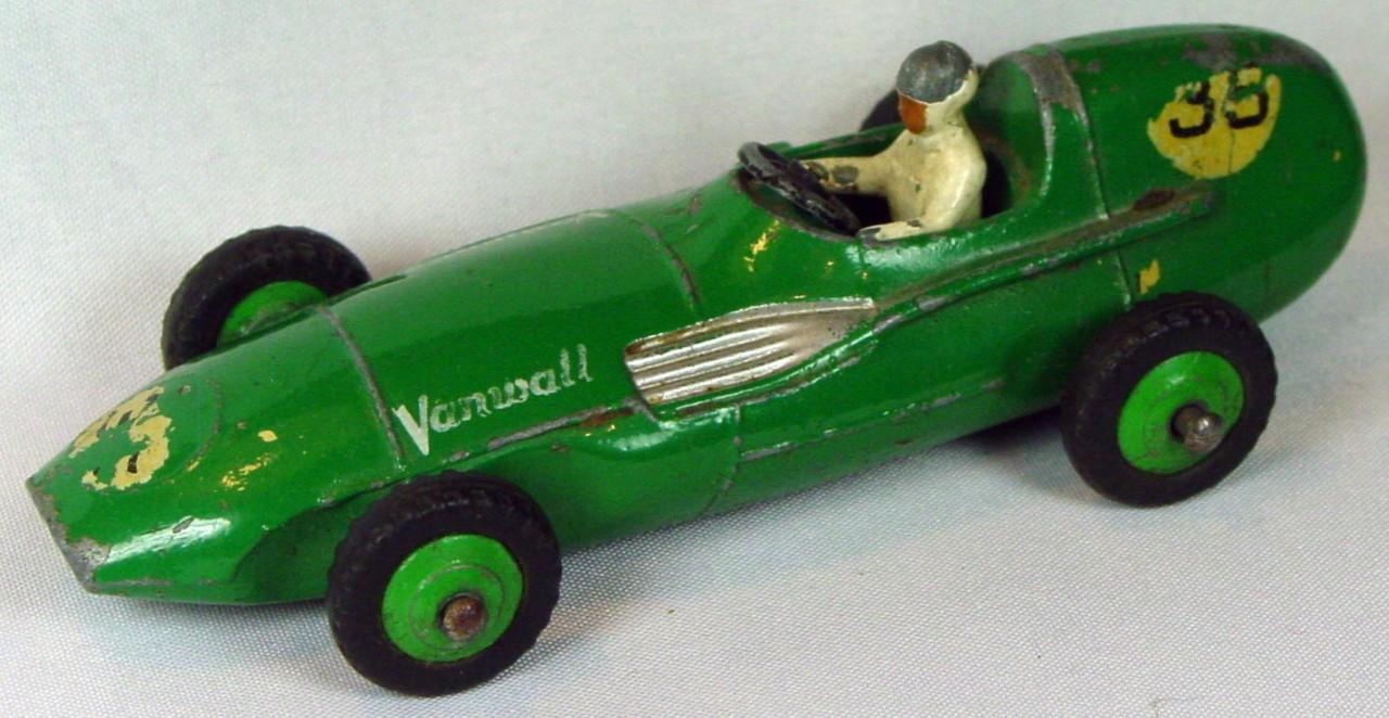 Dinky 239 - Vanwall Racer Green green