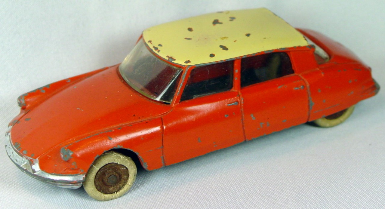 Dinky 24 C - Citroen Orange cream roof