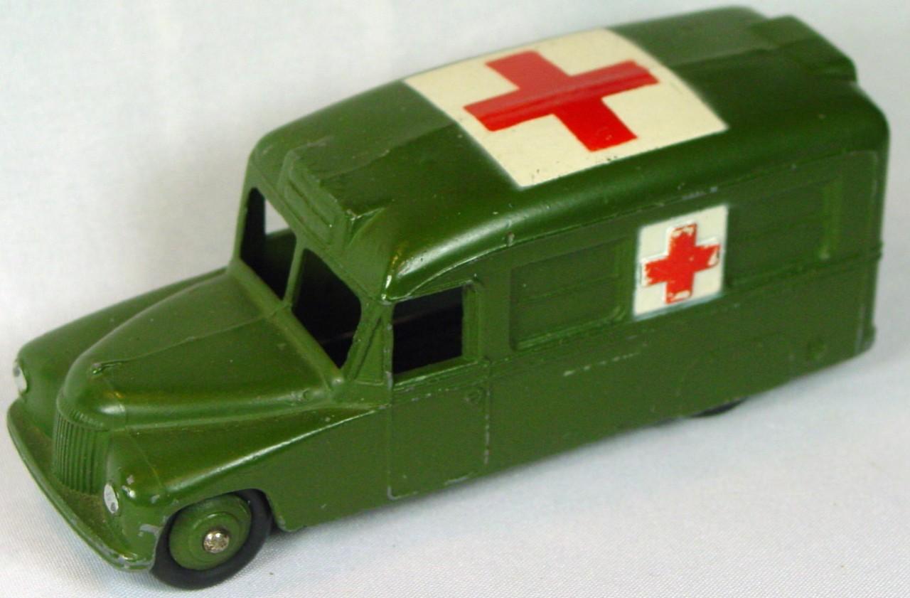 Dinky 30 H m - (624) Daimler Army Ambulance