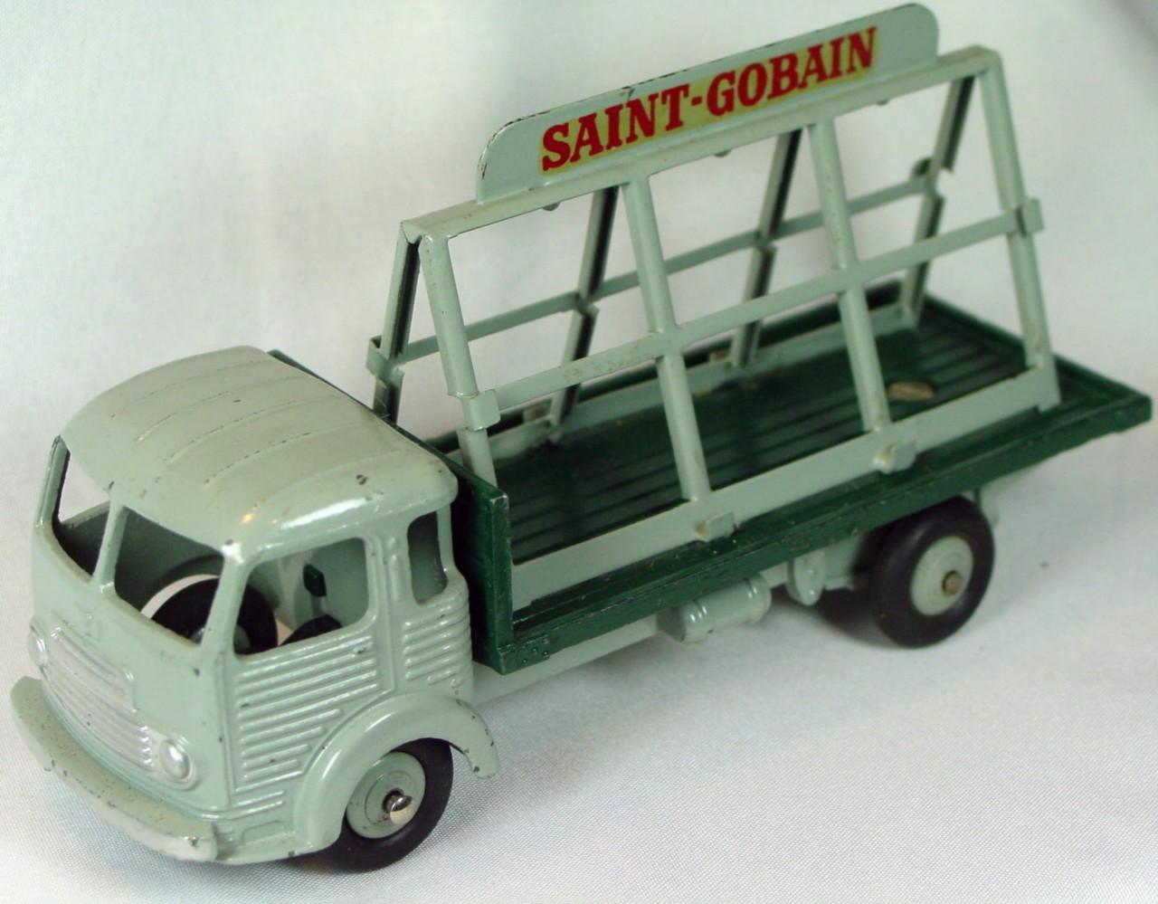 Dinky 33 C - Simca Cargo Glass Truck Grey no glass