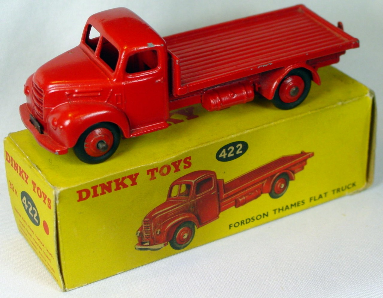 Dinky 422 - Thames Flat truck Red Very Near Mint loose base repaint?C9-box